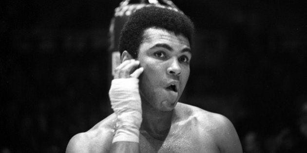 NEW YORK - DECEMBER 07: Heavyweight boxer Muhammad Ali trains for his fight against Oscar Bonavena on...