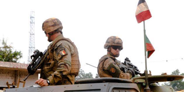 Une procédure disciplinaire engagée contre cinq soldats français accusés de sévices physiques en
