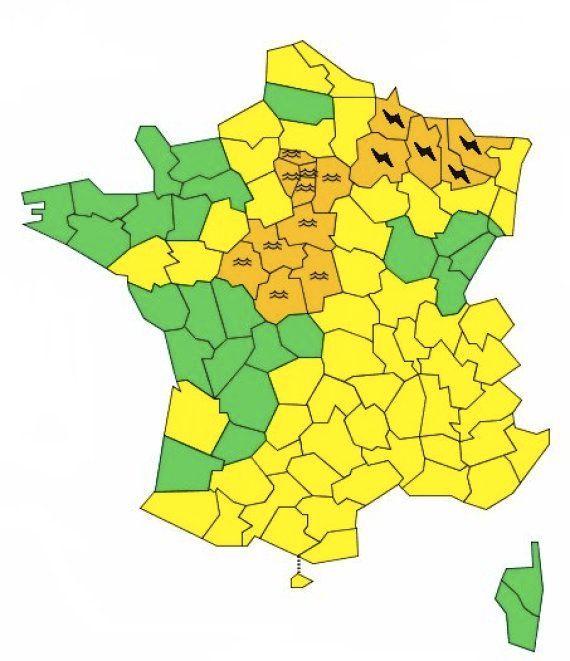 À Paris, la Seine amorce sa décrue après avoir atteint son plus haut niveau depuis 30