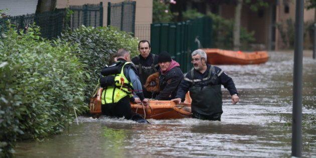 Les inondations ont fait au moins quatre morts et 24