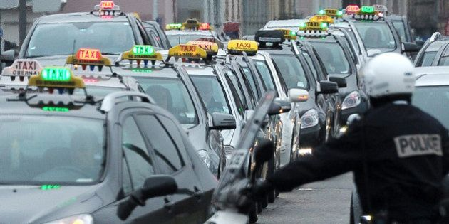 Taxis et VTC: les députés adoptent la proposition de loi Thévenoud à l'Assemblée