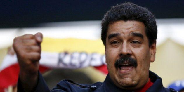 Le président du Venezuela promet de se raser la moustache s'il ne construit pas assez de logements