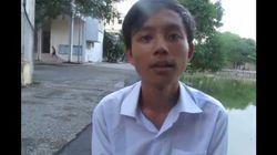 Il demande de l'aide pour apprendre l'anglais. Internet lui