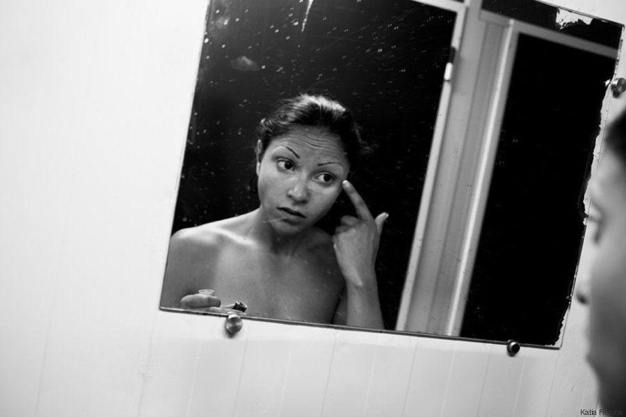 PHOTOS. La vie de Marta, actrice porno, en noir et