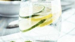 Detox Water : les recettes incontournables des eaux aux
