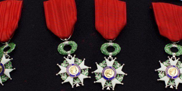 Fête nationale du 14 juillet: l'institutrice tuée à Albi décorée de la Légion d'honneur, tout comme Jean-Louis