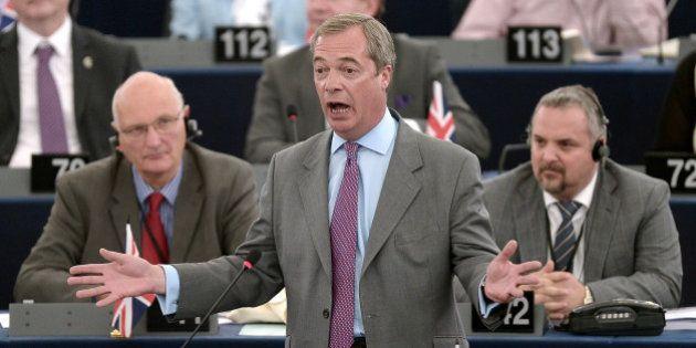 Parlement européen: les europhobes perdent leur groupe après la défection d'une députée