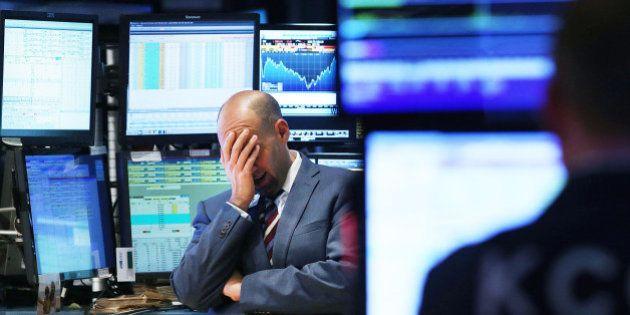 Chute des Bourses: un petit goût de crise de la dette à Wall Street, Paris et