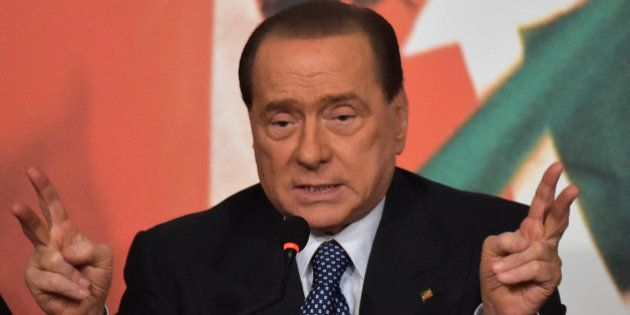 Travaux d'intérêt général: Silvio Berlusconi