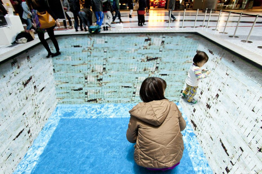 PHOTOS. Une illusion d'optique en 3D d'une piscine pour attirer l'attention sur la situation à