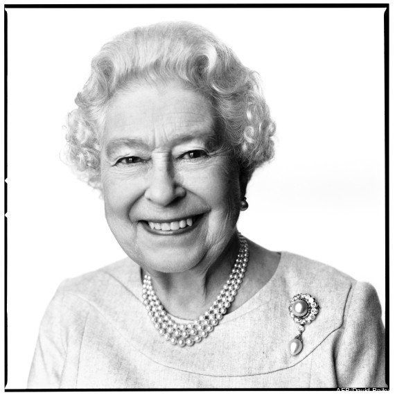 PHOTO. Le nouveau portrait de la reine Elizabeth II dévoilé pour fêter ses 88