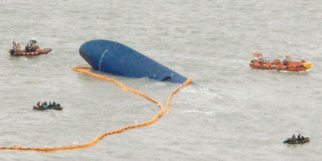 Naufrage du ferry en Corée: quatre autres membres de l'équipage