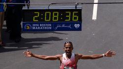 Un an après les attentats, un Américain remporte le marathon de