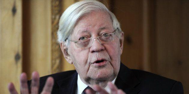 Helmut Schmidt, ex-chancelier allemand, est mort à l'âge de 96