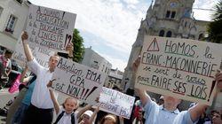 Un an après le mariage gay, la France attend toujours le