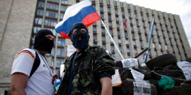 Ukraine: la Russie menace d'intervenir, l'Otan se dit préoccupée par la