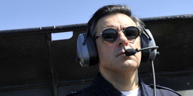 Boule puante: les avions de Fillon ont coûté 300.000 euros à l'UMP selon