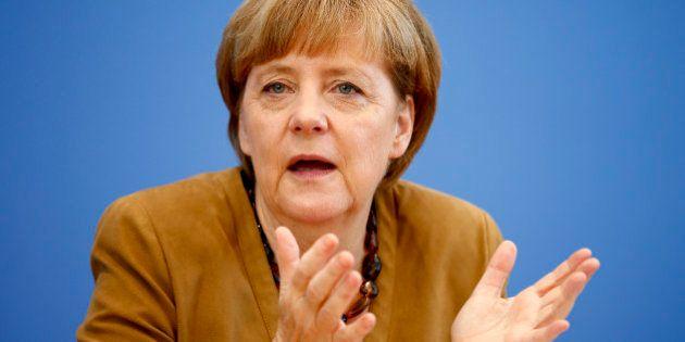 Antisémitisme en Allemagne : Angela Merkel condamne les dérapages en marge de manifestations