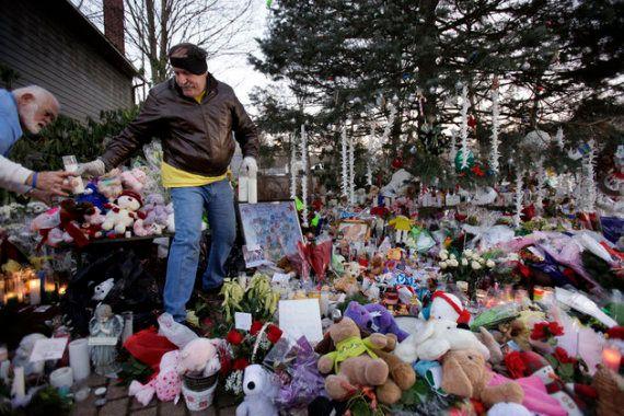 Tuerie d'Orlando: Cette rescapée de Sandy Hook raconte ce que les survivants vont devoir