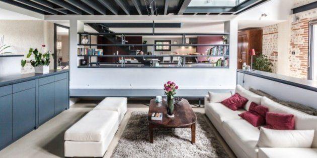 PHOTOS. Ce salon contemporain est une ferme rénovée en ...