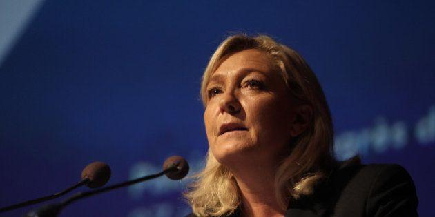 Élections régionales 2015: Marine Le Pen candidate, déjà critiquée pour une