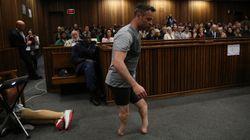 Oscar Pistorius marche sur ses moignons en pleine