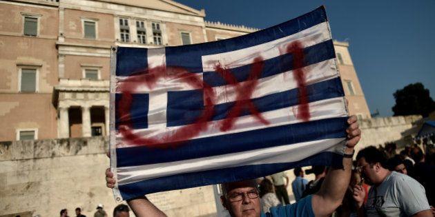 Référendum en Grèce: un sondage donne le