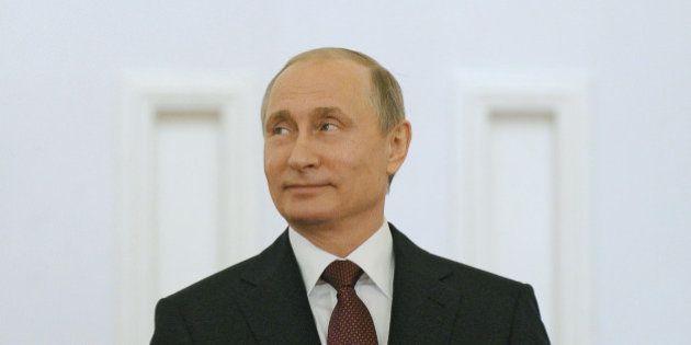 Vladimir Poutine ironise sur la violence des supporters russes pendant