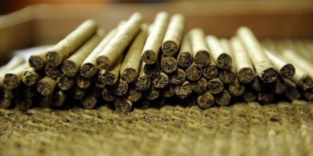Tabac: les cigares taxés au même niveau que le cigarettes contre l'avis du