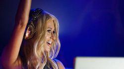 Devinez combien Paris Hilton se fait payer pour mixer dans un