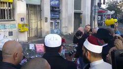 VIDÉO - Une délégation d'imams chante