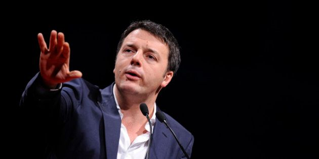 Matteo Renzi tient tête à la Commission européenne sur le budget et la menace de publier ses