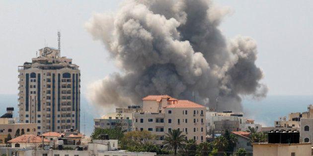 Gaza: le Hamas accepte finalement une trêve humanitaire de 24 heures, qui peine à se mettre en