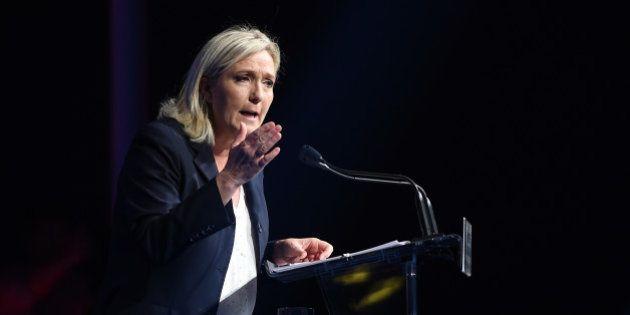 Migrants: Marine Le Pen s'appuie sur des images de télévision pour refuser le statut de réfugié