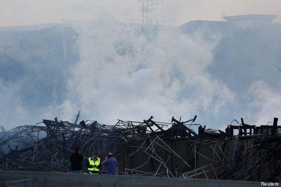 PHOTOS. À Los Angeles, deux incendies géants détruisent quatre bâtiments, aucun