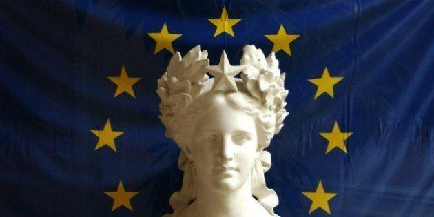 Européennes: les sondages prédisent une abstention record, pas l'ordre