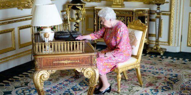 La reine Élisabeth II a tweeté, Buckingham a tweeté la photo de la reine qui