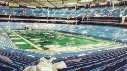 Pénétrez dans un stade de 80.000 places. À