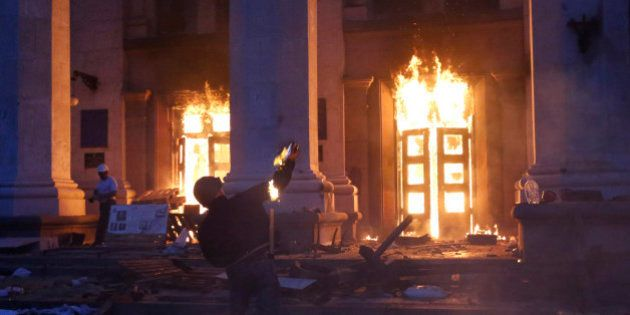 Ukraine: 31 morts dans un incendie après des affrontements à Odessa, nombreuses victimes après l'assaut...