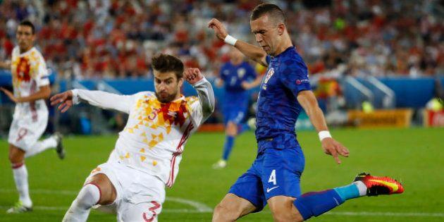 Football Soccer - Croatia v Spain - EURO 2016 - Group D - Stade de Bordeaux, Bordeaux, France - 21/6/16...
