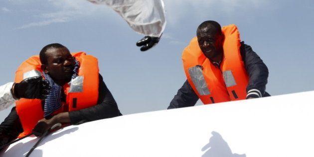 Sauver des migrants en mer ? Comment l'association SOS Méditerranée compte s'y