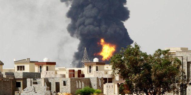 Libye: la France va évacuer sa centaine de ressortissants sur