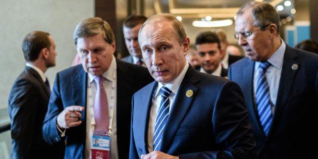Syrie: Vladimir Poutine se présente en grand allié de la France contre