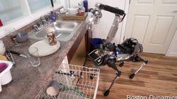 Google a un nouveau robot qui remplit le lave vaisselle et glisse sur des peaux de