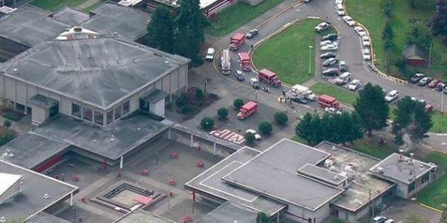 PHOTOS. États-Unis: un tireur ouvre le feu dans une école près de Seattle puis se