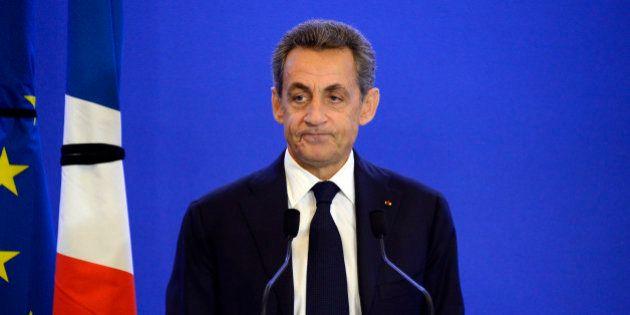 Après les attentats de Paris, Sarkozy accuse Hollande d'avoir