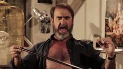Cantona chante