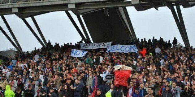 Lyon: une banderole anti-réfugiés déployée par des supporteurs
