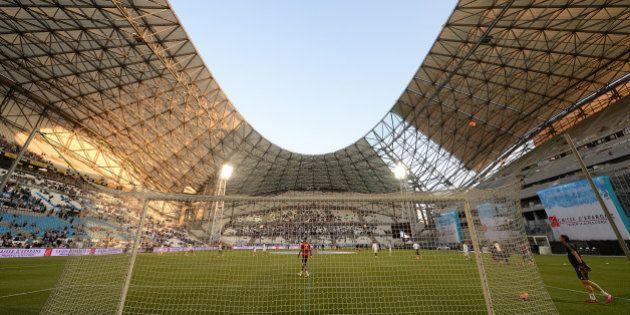 Location du Stade Vélodrome: l'OM et la mairie de Marseille signent un accord pour trois