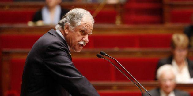 A l'Assemblée, quelques rares voix s'opposent à la prorogation de l'état